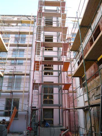 Umbau Lofts Dreihausgasse – Baugerüst während des Umbaus