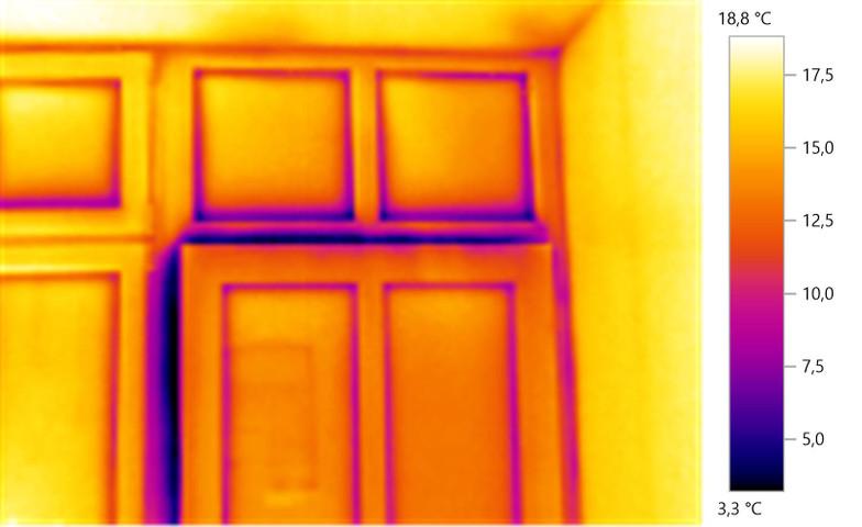 Wärmebild einer Eingangstüre