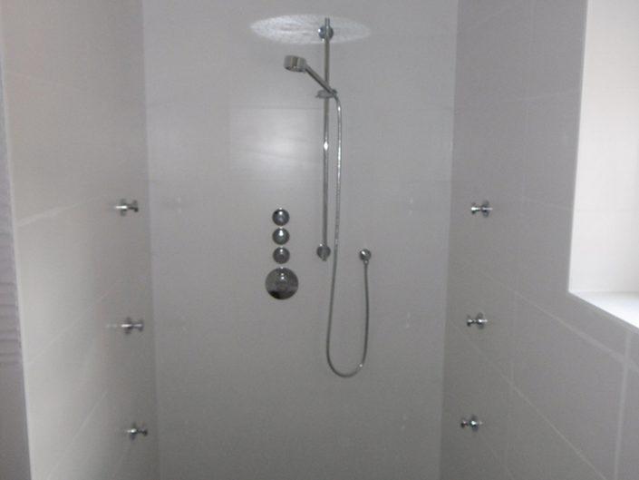 Umbau Einfamilienhaus Biedermannsdorf – Neugestaltung der Dusche