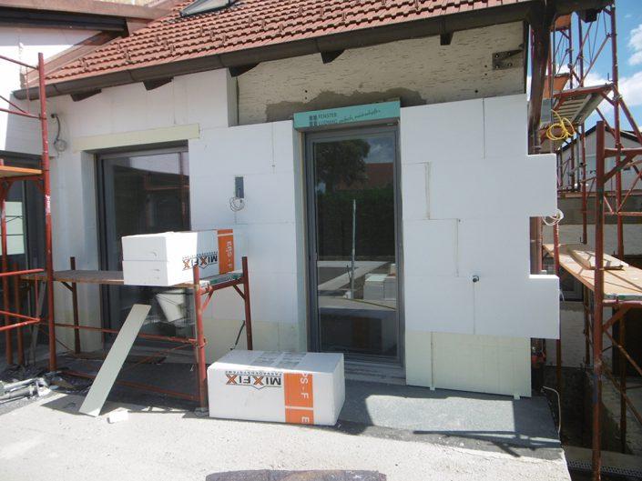 Umbau Einfamilienhaus Biedermannsdorf – Neugestaltung von Dämmung und Fenstern