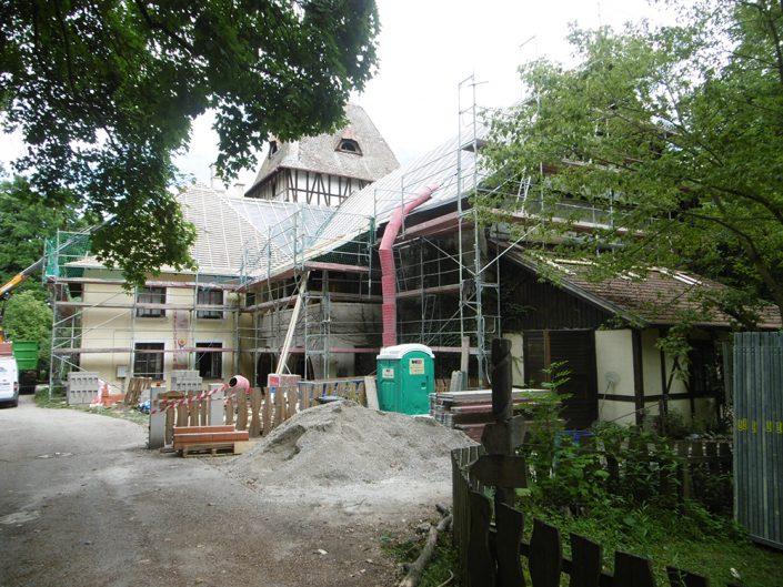 Umbau Waldorfschule Schönau – Gesamtansicht während des Umbaus