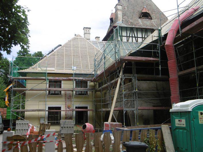 Umbau Waldorfschule Schönau – Außenansicht mit Gerüsten
