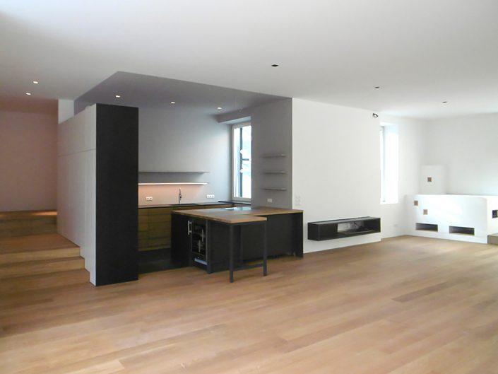 Altbauwohnung in Hernals - Fertiger Wohn- und Küchenbereich
