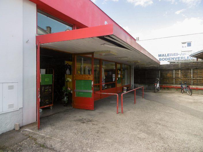 Eingangsbereich des Sozialmarktes Ternitz