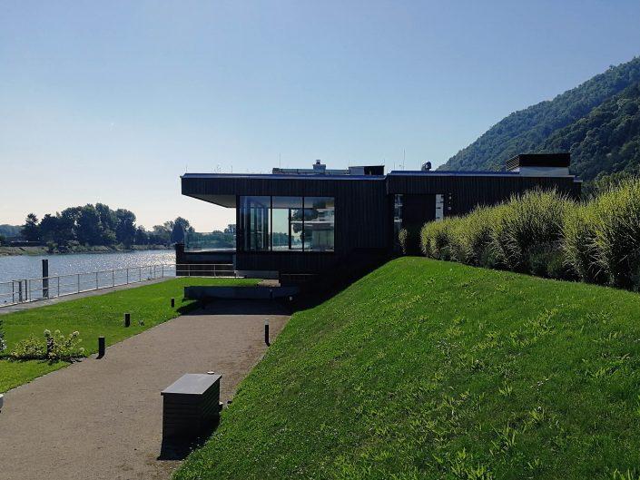 Haus mit Pool an Donau